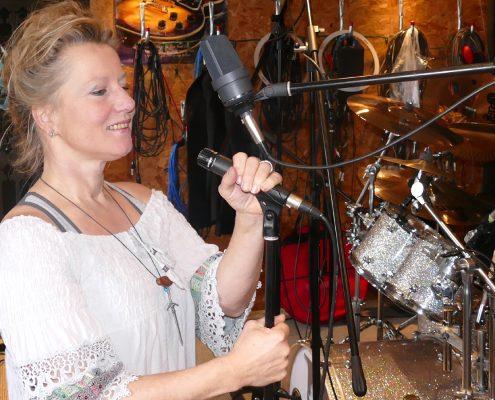 Tina-Benz-im Studio